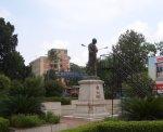 mahatma-gandhis-statue-at-chowk_01